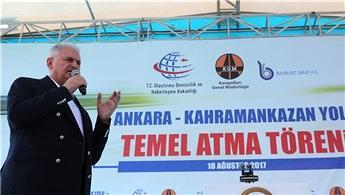 Ankara-Kahramankazan yolu temel atma töreni yapıldı