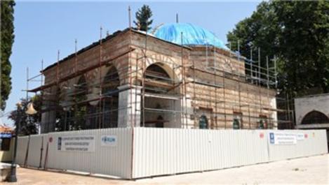 Yıldırım Beyazıt Türbesi'nde restorasyon çalışmaları sürüyor
