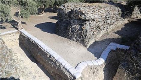 Hatay'da atların dönüş yaptıkları spina duvarı bulundu