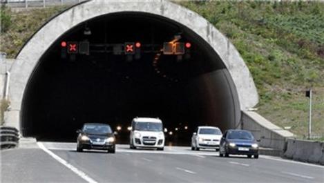 Bolu Dağı Tüneli'nden yarım milyondan fazla araç geçti!