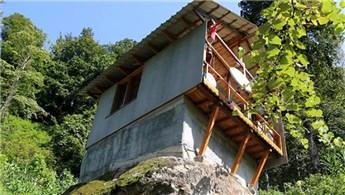 Rize'de 16 metrekarelik kaya üzerine ev!