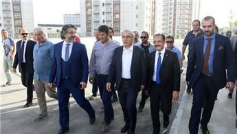 TOKİ Başkanı Turan, Uşak'ta proje alanını inceledi