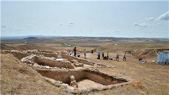 Çorum'da 4 bin 500 yıllık evler dimdik ayakta!