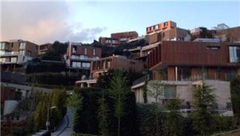Engin Altan Düzyatan'dan eşine 3 katlı lüks villa!