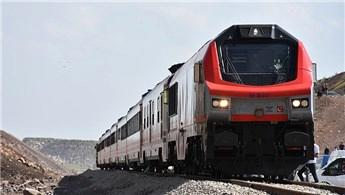 Bakü-Tiflis-Kars demiryolunda test sürüşleri başladı