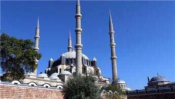 Selimiye Camisi'nin silüetini bozan yapılara izin yok!