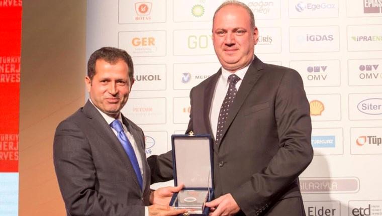 """""""Altın Voltaj"""" ödülü Bordo Enerji A.Ş.'ye ödül!"""
