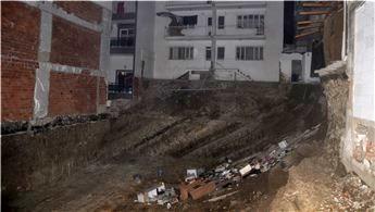 Aydın'da inşaat kazısı sırasında komşu binalar zarar gördü