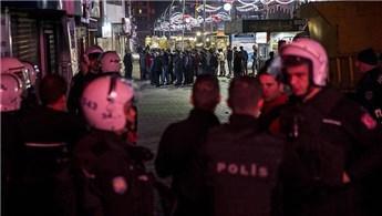 Bakırköy Özgürlük Meydanı'ndaki büfeler yıkıldı!