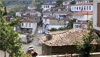 İzmir Selçuk'ta 8.6 milyon liraya satılık arsa!