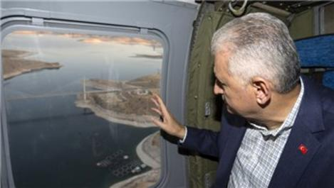 Başbakan Yıldırım, Elazığ'daki Ağın Köprüsü'nü inceledi