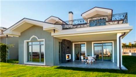 Kuğu Gölü Villaları yatay mimarisi ile dikkat çekiyor