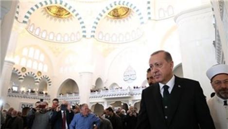 Ulus'ta Melike Hatun Camisi törenle açıldı