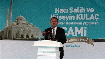 Bakan Özhaseki, Kayseri'de yapılacak caminin temelini attı