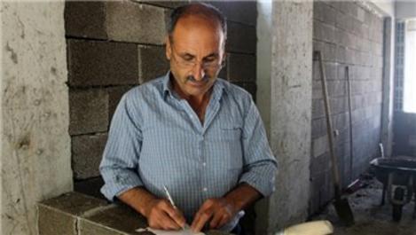 İnşaat işçisi Muhsin Öztopçu, 3 şiir kitabı yazdı