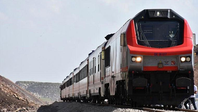 Bakü-Tiflis-Kars Demiryolu  bugün açılıyor