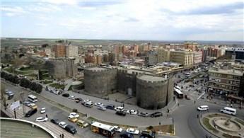 Çınar Belediyesi, 29 dükkanı satışa çıkardı