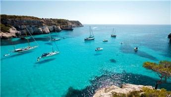 Akdeniz'e ziyaretçi akını!