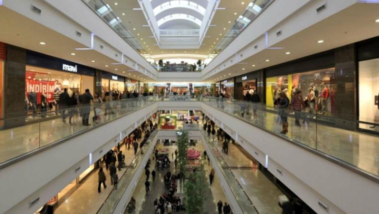 Yüksek kurlar AVM'lerdeki mağazaları zora soktu