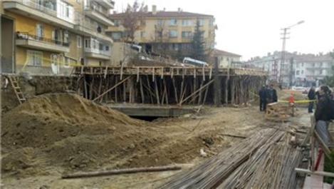 Ankara Keçiören'de istinat duvarı çöktü