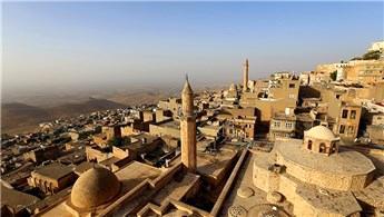 Mardin'de 2 bin kişilik caminin temeli atıldı