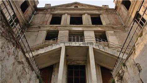 Bursa'da Taş Mektep'in restorasyonu 2018'de bitiyor