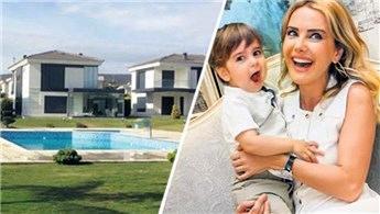 Ece Erken, Çeşme'de havuzlu villa aldı!
