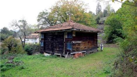 Tarihi Ulubelen Camisi restore edilmeyi bekliyor