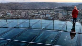 Çankırı'daki cam seyir terası eşsiz manzara sunuyor