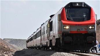 'Bakü-Tiflis-Kars demiryolu dünya için de önemli bir proje'