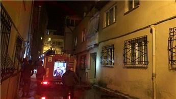 Bursa'da iki katlı binada çıkan yangın panik yarattı