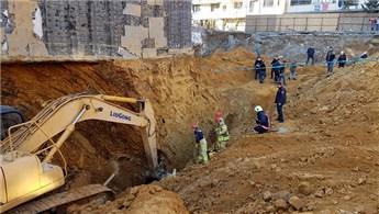 Sultangazi'de inşaat alanında toprak kayması yaşandı!