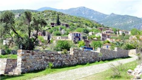 Aydın Söke'deki Rum Köyü Doğanbey'de yıkım zamanı