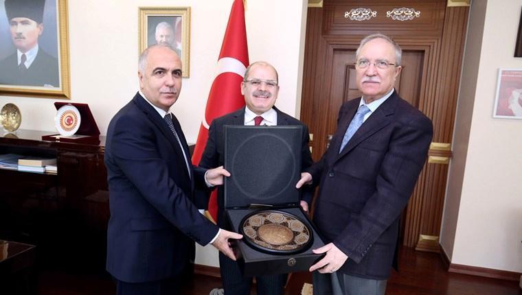 'Tüm dünyanın gıptayla baktığı yepyeni bir Türkiye var'