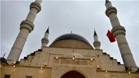 Şanlıurfa'da Mevlana Celaleddin-i Rumi Camisi ibadete açıldı