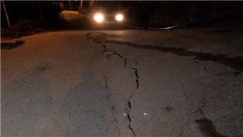 Bursa'da toprak kayması: 60 ev mühürlendi