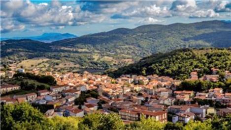 Sardunya Adası'ndaki tarihi taş evler 1 euro bedelle satılıyor