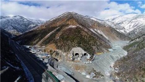 Zigana Tüneli inşaatında yüzde 41 seviyesine ulaşıldı