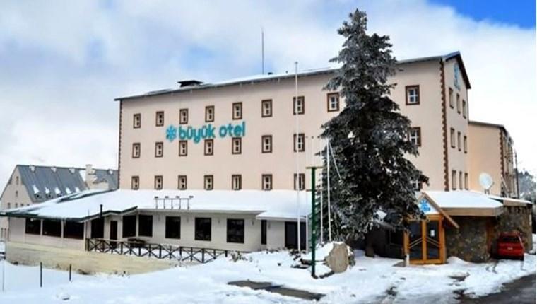 Uludağ'ın ünlü oteli yıkıldı, yerine otopark yapıldı