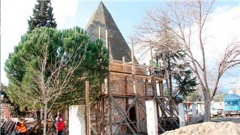 İzmir'de Çobandede Kümbeti restore ediliyor