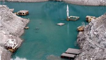Artvin'de baraj suları çekildi, köy 5 yıl sonra ortaya çıktı
