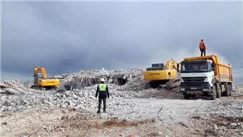 Kırklar Dağı'ndaki 725 ruhsatsız yapının yıkımı yapıldı