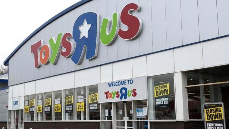 Oyuncak devi Toys R Us çöktü! 106 mağazası kapanıyor