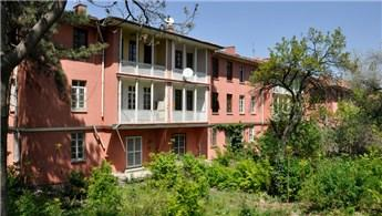 Saraçoğlu Mahallesi, geçmişin izleri korunarak yeniden canlanıyor