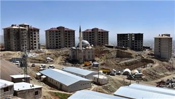 Hakkari'de terör mağdurları için konut yapımı sürüyor