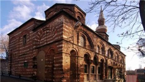 800 yıllık Molla Gürani Cami restore ediliyor