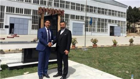 Vefa, Afganistan devleti için fabrika kurdu