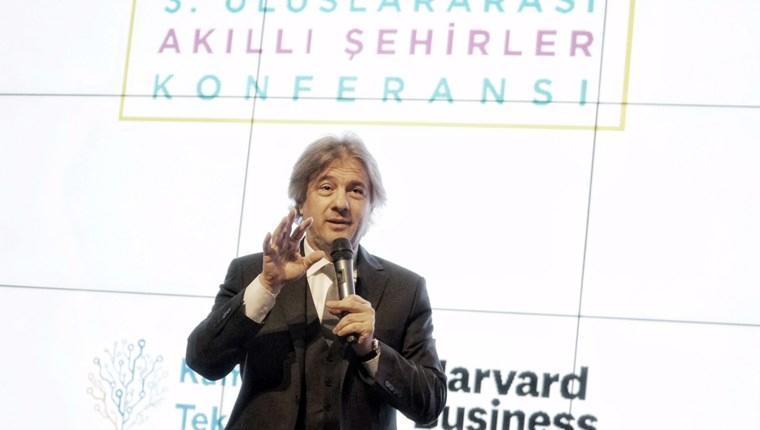 Ahmet Misbah Demircan akıllı uygulamaları anlattı