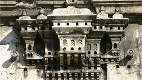 Osmanlı'nın 'kuş evleri'ni seramikten yaptılar