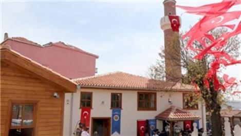 Beyoğlu'ndaki Hacı Hüsrev Camisi ibadete açıldı